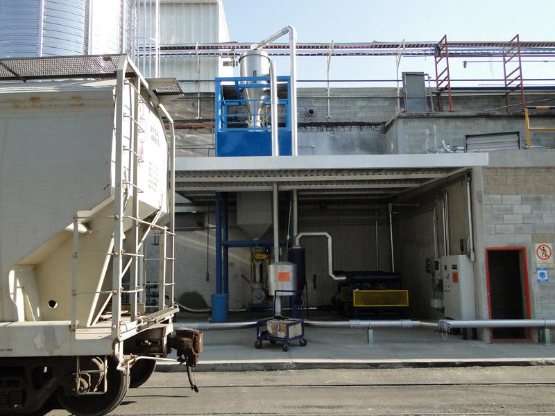 Carga a silo desde ferrotolva.